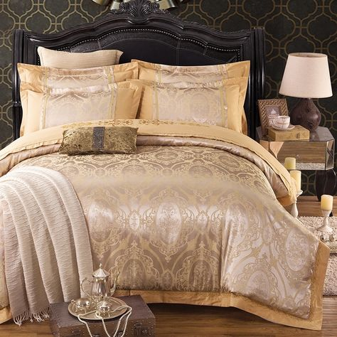 Metallic Gold Sparkly Victorian Pattern Indian Pattern Western Style Classic Upscale Jacquard Satin Full Duvet Bedding Sets Bedding Sets Beautiful Bedding Sets