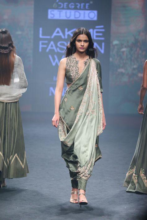 Aarbee by Ravi Bhalotia at Lakmé Fashion Week summer/resort 2018