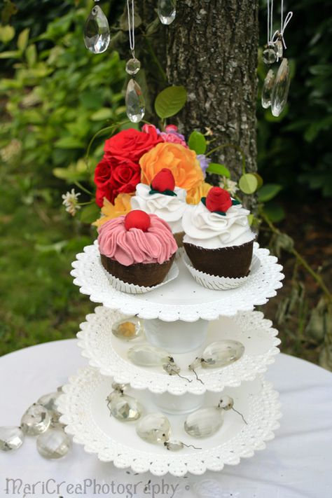 CreaMariCrea: Alzatine DIY (con immagini)   Cupcake ...