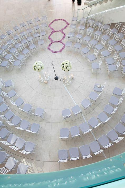 Circle wedding ceremony set up at segerstrom center for the arts, photo by Jules Bianchi  | junebugweddings.com