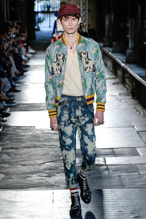 1a41dd1ce41a Gucci Resort 2017 Fashion Show   Sundries   Pinterest   Gucci, Мода ...