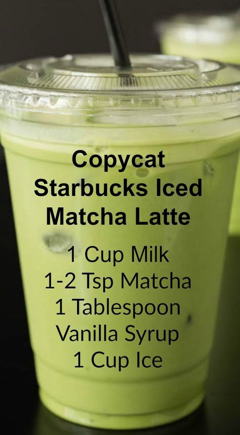 Copycat Starbucks Iced Matcha Latte ~ This copycat recipe shows you how to make your own Starbucks Iced Matcha Latte at home with just three ingredients.<br> Save money by making this copycat Iced Matcha Latte recipe that tastes exactly like Starbucks! Juice Smoothie, Smoothie Drinks, Matcha Smoothie, Matcha Drink, Matcha Chia Pudding, Matcha Dessert, Coconut Milk Smoothie, Protein Smoothies, Smoothie Cleanse
