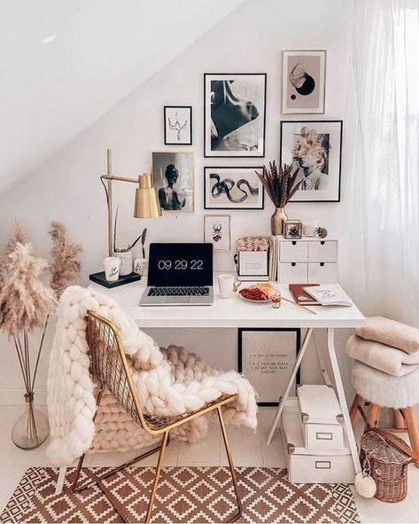 This is such a beautiful place to work and doesn't take up too much space either! You can create a functioning home office even if you don't have a whole separate room available! - How to create a small home office?