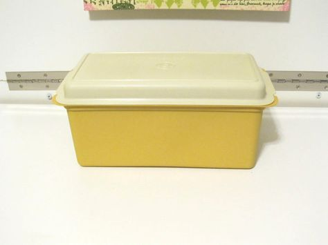 Vintage Tupperware 1lb Loaf Bread Box #171-5 with Lid #172-5 by NonisVintageDelights $10.50   For the Home   Pinterest   Vintage tupperware Bread boxes ... & Vintage Tupperware 1lb Loaf Bread Box #171-5 with Lid #172-5 by ... Aboutintivar.Com