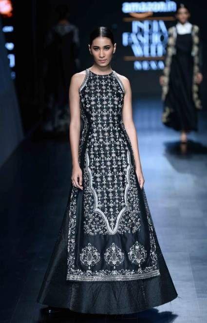 Hair And Beauty Fashion India Fashion Week 2019 India Milan Fashion Week Sharara Designs Party Wear Fashion Weeks Fashion Week