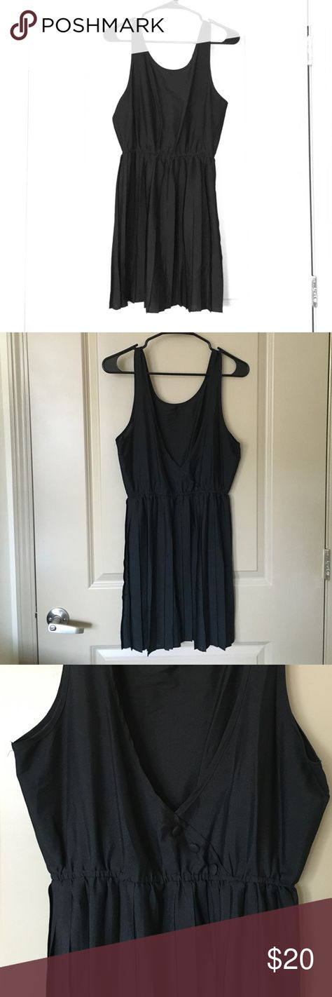 Little black dress Lightweight. Low back with 3 button detail. NEVER WORN - perfect condition. Bought from Forever21 in Barcelona, Spain! Size M. Forever 21 Dresses Mini