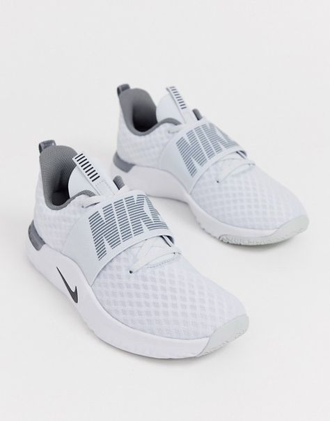 Buy Nike Training TR 9 trainers in white at ASOS. With free delivery and return options (Ts&Cs apply), online shopping has never been so easy. Get the latest trends with ASOS now. White Nike Tennis Shoes, Girls Tennis Shoes, Gray Nike Shoes, Sneakers Mode, Girls Sneakers, Shoes Sneakers, Nike Tennisschuhe, Teen Girl Shoes, Basket Style