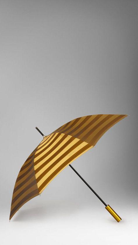 comprar moda mejor valorada patrones de moda Paraguas Burberry | Blog Camisas Rushmore | Inspiraciones ...