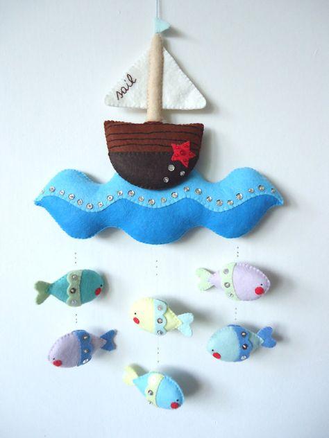 PDF pattern  Nautical mobile. Felt mobile with boat por iManuFatti