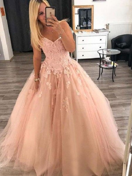tulle ball gown sweetheart floor length with appliques prom dress