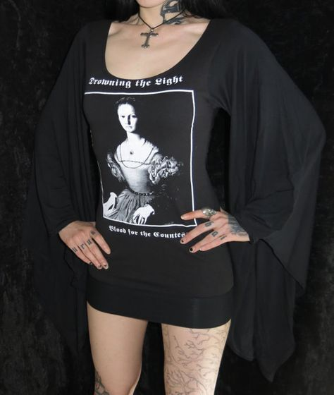 T-Shirt DROWNING THE LIGHT Blood for the Countess