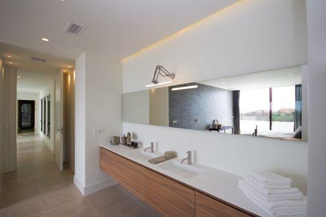Houten badkamermeubel met spiegel badkamer ideeën design