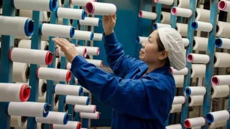 Trump delays tariff hikes on Chinese goods ahead of talks News of Voice | The Brave Voice of Truth #youtube #onlinenews #Newsnight #NationalVideoGamesDay #BedavaForma #FelizJueves #ThursdayThoughts #MyPetIn5Words #thursdaymorning #VapeBan
