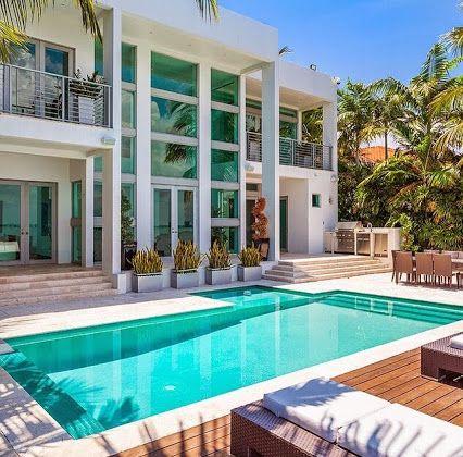 Sobevillas Google Spectacular Contemporary Villa In The Heart Of Miami Beach Sobevillas