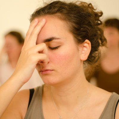 Nadi Shodan La Respiration Alternee Respiration Exercice De Respiration Yoga