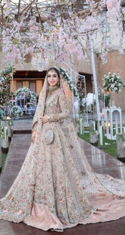45 Trendy Wedding Indian Dress Saree