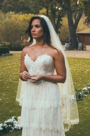 Demi Lovato Tell Me You Love Me Music Video Wedding Dresses Wtoo Wedding Dress Demi Lovato