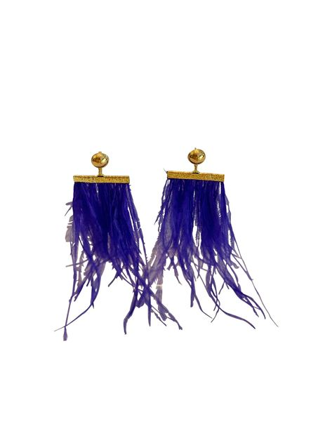 Blue Feather Earrings #blueearrings #feathers #earrings #jewelry #ostrich #dangle #statementearrings #lightweightearrings #bridaljewellery #bridesmaidgift #giftsforher #weddingpartygifts #giftsforher #bachelorettepartyideas