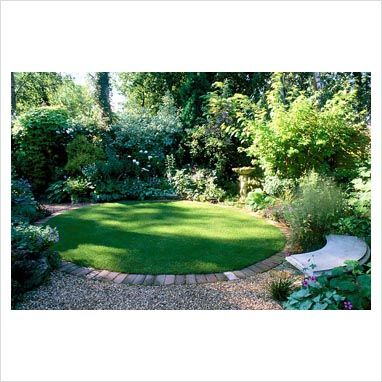A circular lawn: could we do this and overlap with a circular bark area (edged in brick) for the children's trampoline?