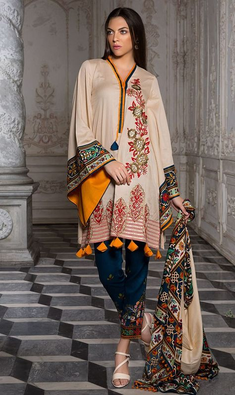 Buy Orient Textiles Winter 18 from LawnCollection.pk & Get your outfit at doorstep anywhere in Pakistan.