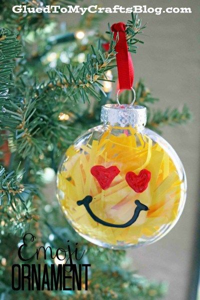 10 Fabulous And Super Easy Plastic Ornament Crafts Easy