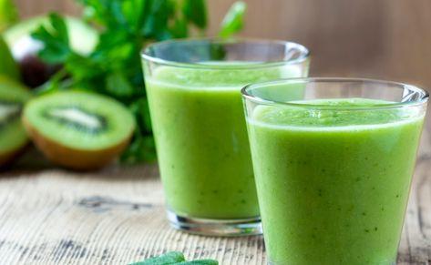 Além de ser uma bebida refrescante e saborosíssima, o suco de kiwi traz muitas vantagens para a saúde e o bem-estar. A fruta fortalece o sistema imunológico e possui propriedades antioxidantes e anti-inflamatórias. Descubra mais sobre seus benefícios na matéria e, de quebra, aprenda receitas de suco para aproveitar tudo de bom que o kiwi […] O post 5 benefícios do suco de kiwi e receitas cheias de sabor para testar apareceu primeiro em Dicas de Mulher.