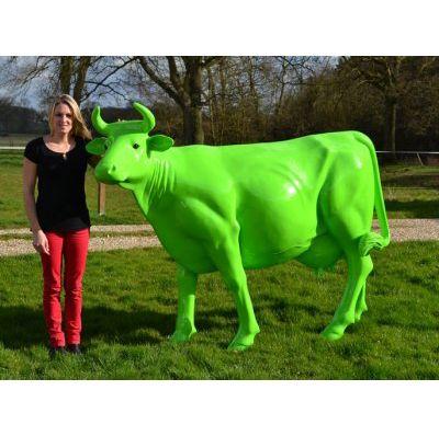 Vache couleur verte - Décors, animaux de la ferme, figurines en ...