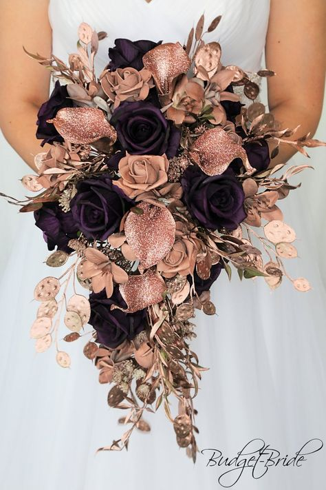 Rose Gold Cascading wedding brides bouquet with rose gold calla lily, rose gold foliage, plum roses, rose gold pearls, perfect for any theme wedding gold wedding themes Rose Gold Theme, Gold Wedding Theme, Fall Wedding, Dream Wedding, Plum Gold Wedding, Rose Gold Wedding Dress, Calla Lily Wedding, Rose Wedding Bouquet, Wedding Black