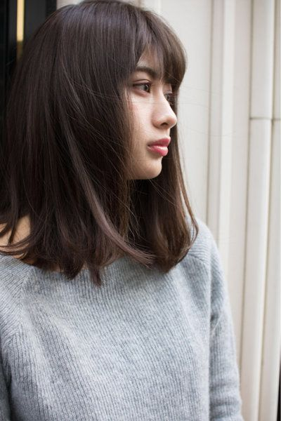 ミディアム ロングの違いは 自分の長さは 似合うスタイル見つかる ミディアムロング 夏 髪型 ヘアスタイル