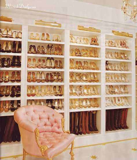 10 Amazing Celebrity Closets: Kim Kardashian, Olivia Palermo, Rachel Zoe, More - Modern Closet Closet Walk-in, Closet Bedroom, Closet Ideas, Closet Space, Closet Wall, Closet Doors, Ok Design, Design Ideas, Deco Design