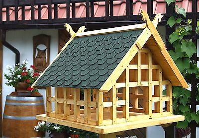 Xxl Fachwerk Vogelhaus Niedersachsen Mit Pferdekopfen Und Grunen Schindeln 024 Vogelhaus Vogelfutterhaus Selber Bauen Vogelfutterhaus