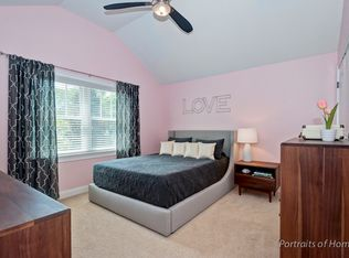 811 Irving Ave Wheaton Il 60187 Zillow With Images Home