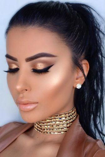 42 Romantic Hair And Makeup Ideas To Try This Valentine S Day Holiday Makeup Looks Party Makeup Looks Hair Makeup