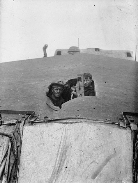 Gun Crew in action on a British Light Cruiser at the Battle of