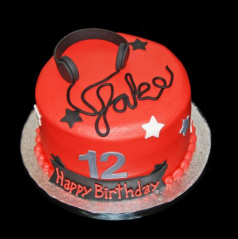 rock themed 12th birthday cke with headphones by Simply Sweets, via Flickr