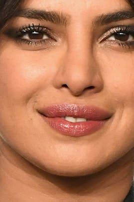 The Best Eye Shadow Shades For Dark Eyes According To Priyanka Chopra S Makeup Artist Dark Eyes Dark Makeup Eyeshadow