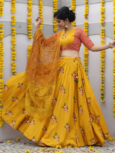Yellow Cotton Printed Flared Lehenga Choli with Floral Motifs