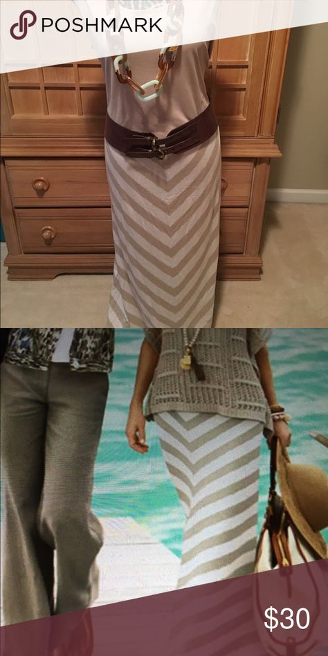 10445da100d1e0 Chico's taupe and cream maxi skirt Chico's Colby Chevron Skirt pull on stay  in place comfortable elastic waist band. Length 38.5