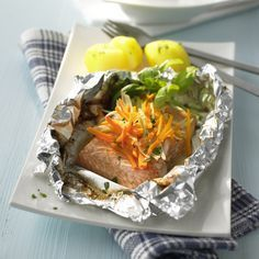 Salmon in Aluminum Foil Recipe WW Germany, #Aluminum #Foil #Germany #recipe #salmon