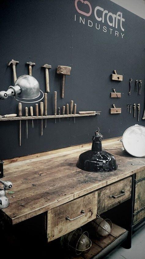 Kochinsel Arbeitsraum In Der Garage Werkstatt Fahrrad Werkstatt