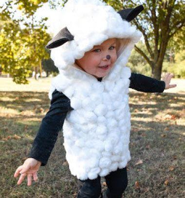 75b4b0bed Ez az aranyos bárány jelmez egy szuper ügyes, vicces és kreatív ...