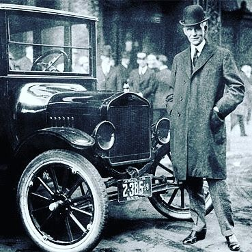 Modern History Tv On Instagram Henry Ford With His Famous Model T It Was Introduced In 1908 And Is Generally Regarded As The Fi Henry Ford Classic Cars Ford