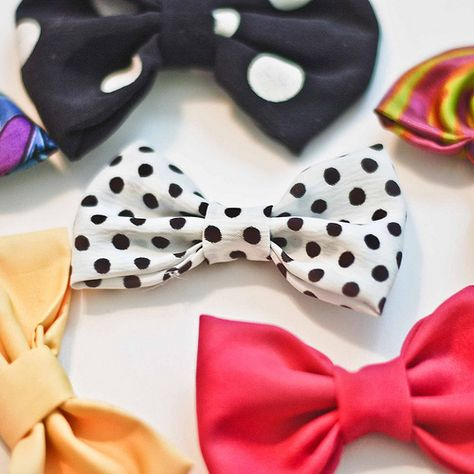 Simple Bow DIY ~ These could be used in so many ways. You could wear them in your hair, sew them to clothing and accessories, attach them to shoe clips, or turn them into bow-ties for a guy. The possibilities are endless!