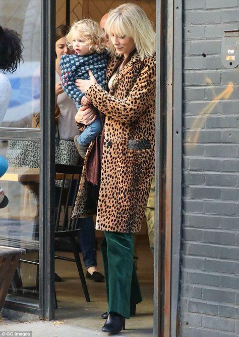 Cate Blanchett and Sandra Bullock on set of all-female sequel Ocean's Eight in New York