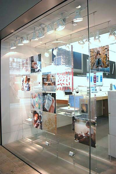 Apple Store using the LiveWire Cable System  https://www.sishop.com.au/products-c-11/livewire-cable-system-c-11_27 |  Store Cable Display System | Pinterest ...