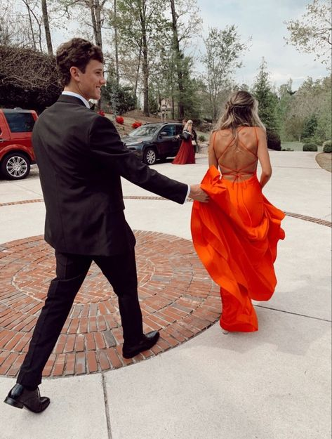 Pin by han on prom. couple goals, cute couples goals, cute r Relationship Goals Pictures, Cute Relationships, Couple Relationship, Cute Couples Goals, Couple Goals, Prom Photos, Prom Pics, Homecoming Pictures, Prom Couples