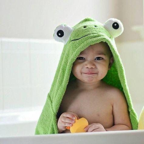 New Gymboree Hooded Bath Towel Green Stripe Tiger NWT Boy Newborn Essentials