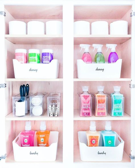 We set-up this household cabinet with all the essential cleaning and laundry supplies, and organized the categories into lightweight… Linen Closet Organization, Bathroom Organisation, Kitchen Organization, Organization Hacks, Cleaning Cabinets, Laundry Supplies, Organize Cleaning Supplies, Cleaning Supply Storage, Cleaning Closet