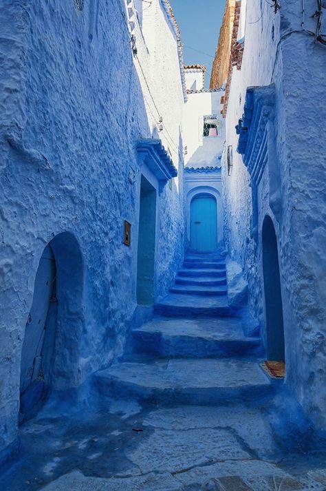 Chefchaouen surnommée «la ville bleue» (que je n'ai pas encore eu la chance de connaître mais tellement si spéciale par ses couleurs)
