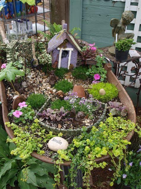 Diy Fairy Garden Ideas Punkprojects Fairy Garden Houses Fairy Garden Wheelbarrow Garden
